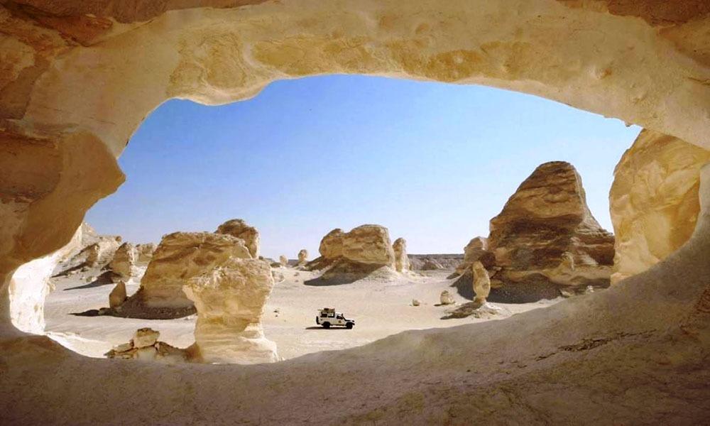 1000-600-ummies-white-desert-black-desert-trip2egypt-48